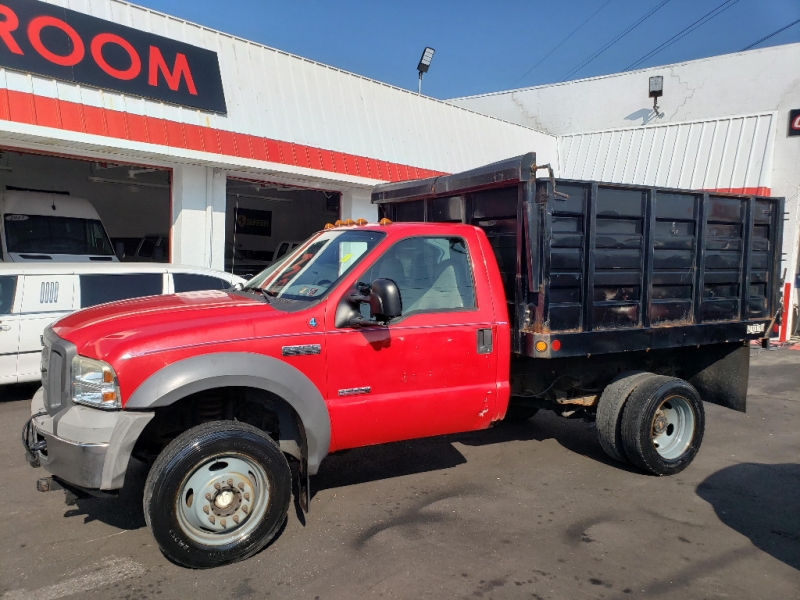 Ford Super Duty F-450 DRW 2005 price $12,495