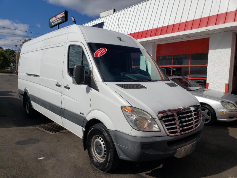 Freightliner Sprinter 2500 2010 price $14,495