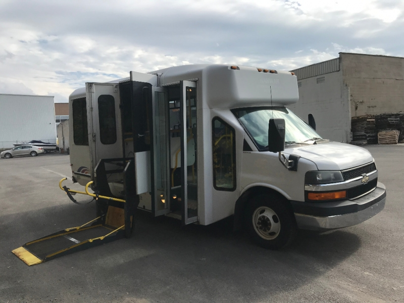 Chevrolet Express Commercial Cutaway 2008 price $9,495