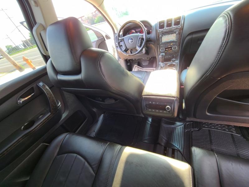 GMC Acadia 2011 price $14,995