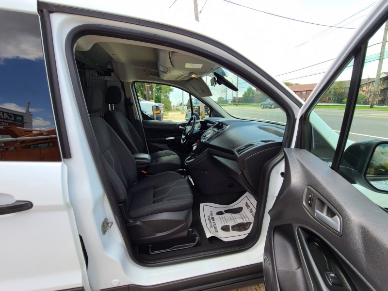 Ford Transit Connect 2017 price $14,995