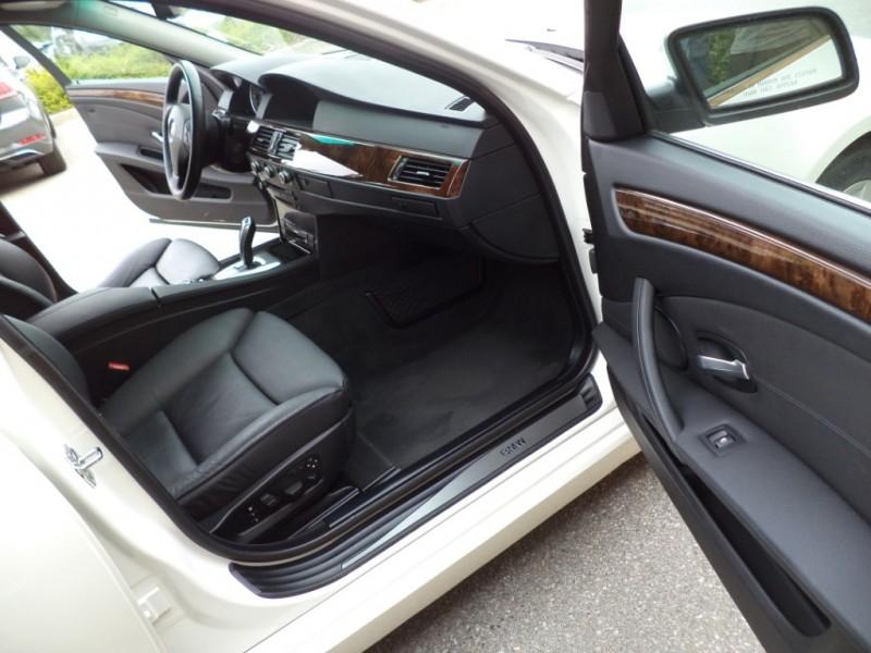 BMW 5-Series 2009 price $13,950