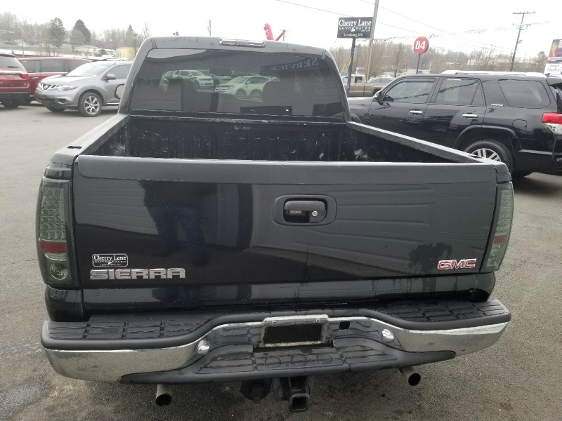 GMC NEW SIERRA 2004 price $8,850