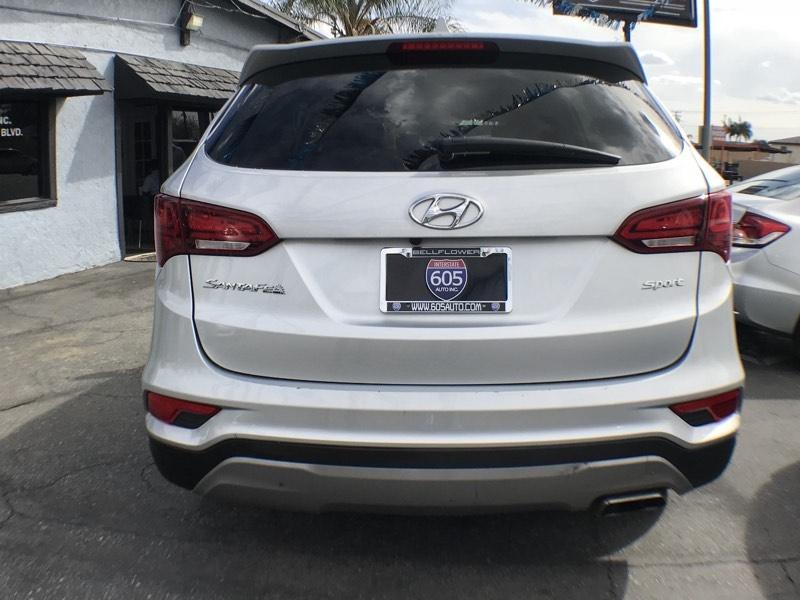 Hyundai Santa Fe Sport 2017 price $16,899