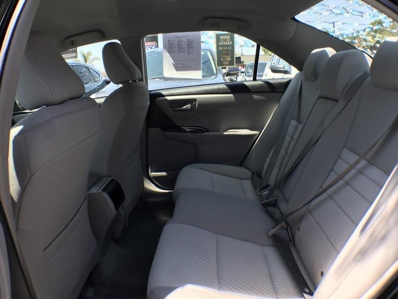 Toyota Camry 2016 price $15,075