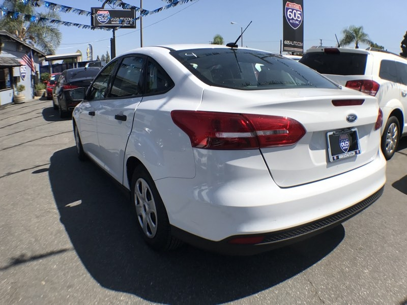 Ford Focus 2016 price $10,075