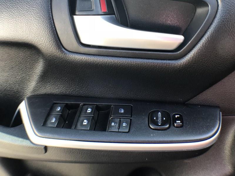 Toyota Camry 2015 price $15,075