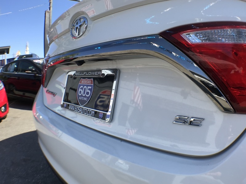 Toyota Camry 2015 price $14,075