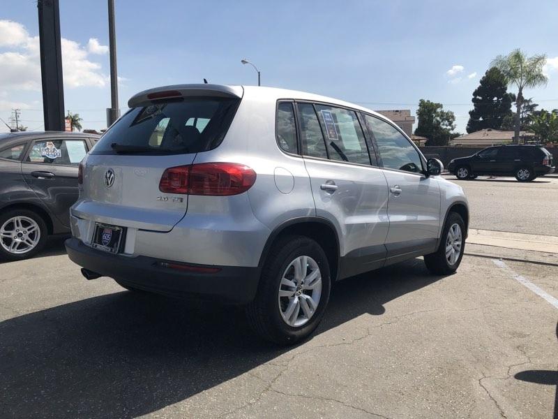 Volkswagen Tiguan 2013 price $11,075