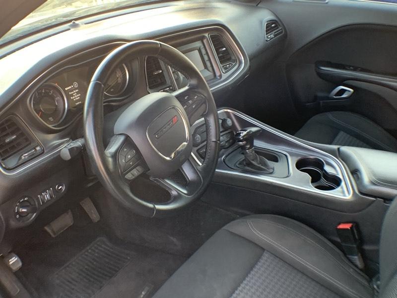 Dodge Challenger 2016 price $15,000
