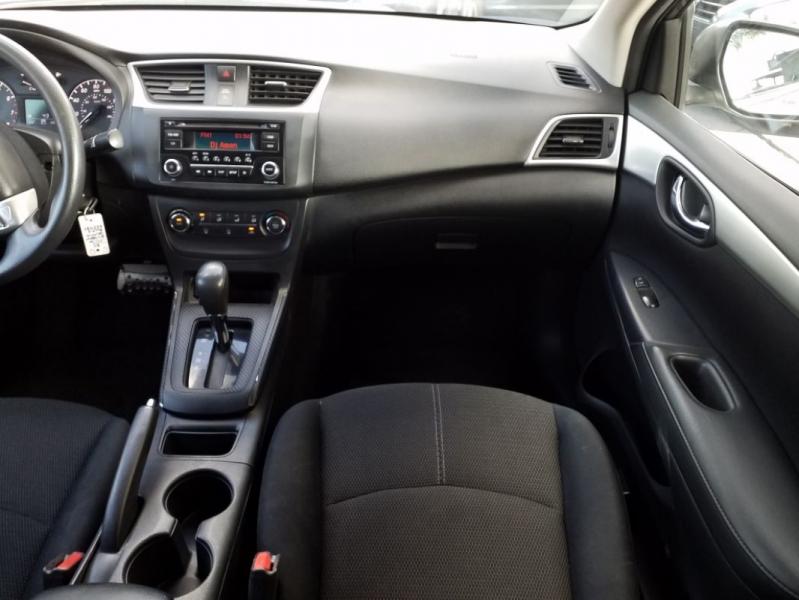 Nissan Sentra 2016 price $10,400