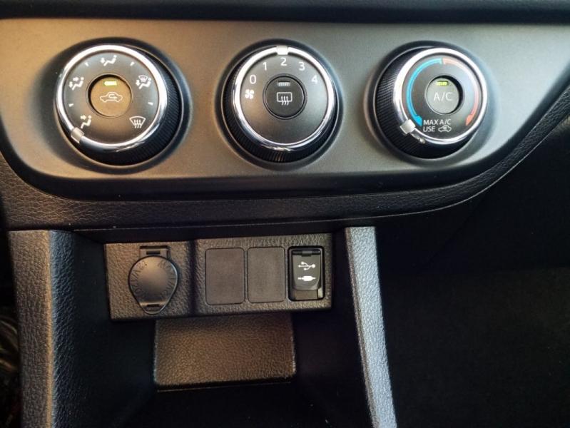 Toyota Corolla 2016 price $13,000
