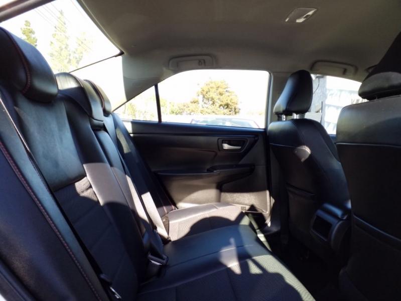 Toyota Camry 2016 price $15,200