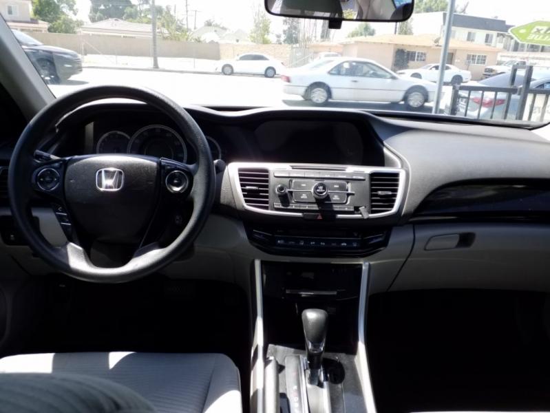 Honda Accord Sedan 2016 price $14,995