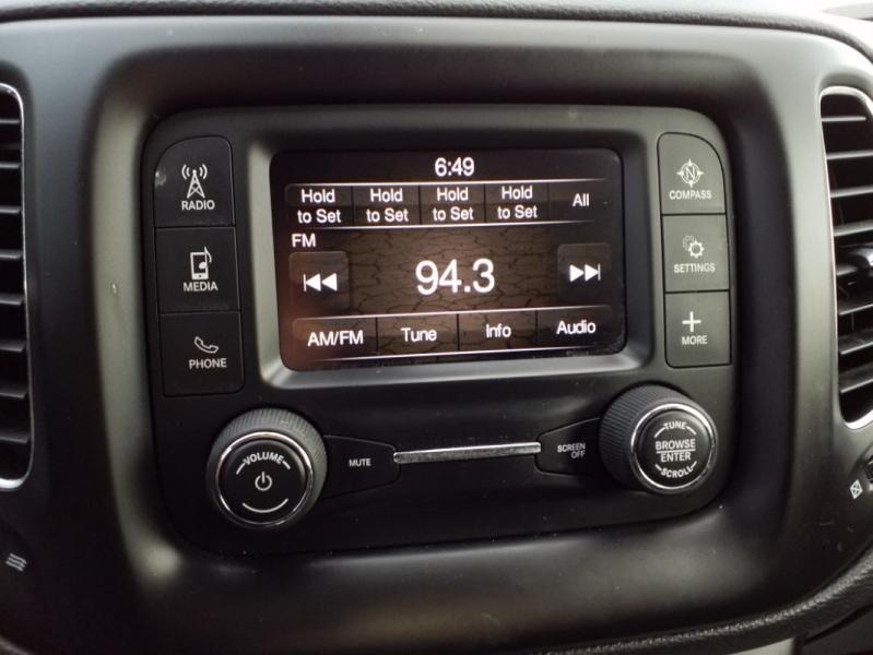Jeep Compass 2018 price $15,595