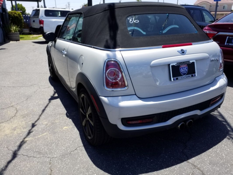 MINI Cooper Convertible 2015 price $15,495