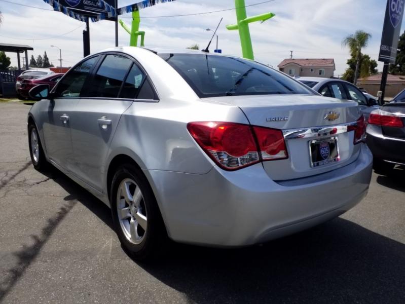 Chevrolet Cruze 2011 price $6,495