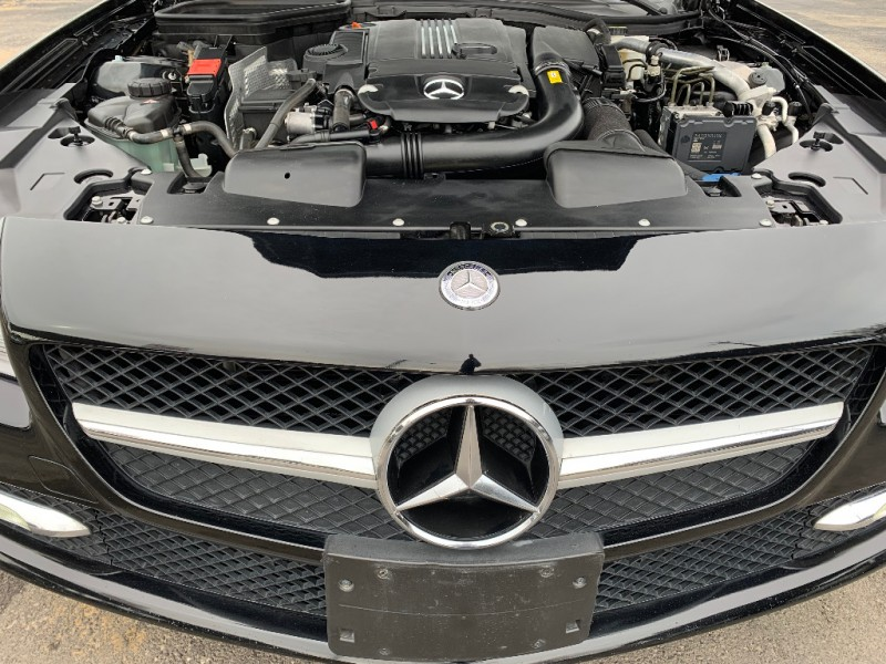 Mercedes-Benz SLK250 2013 price $17,995