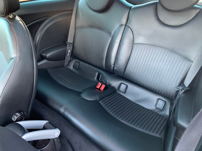 Mini Cooper Hardtop 2008 price $7,995