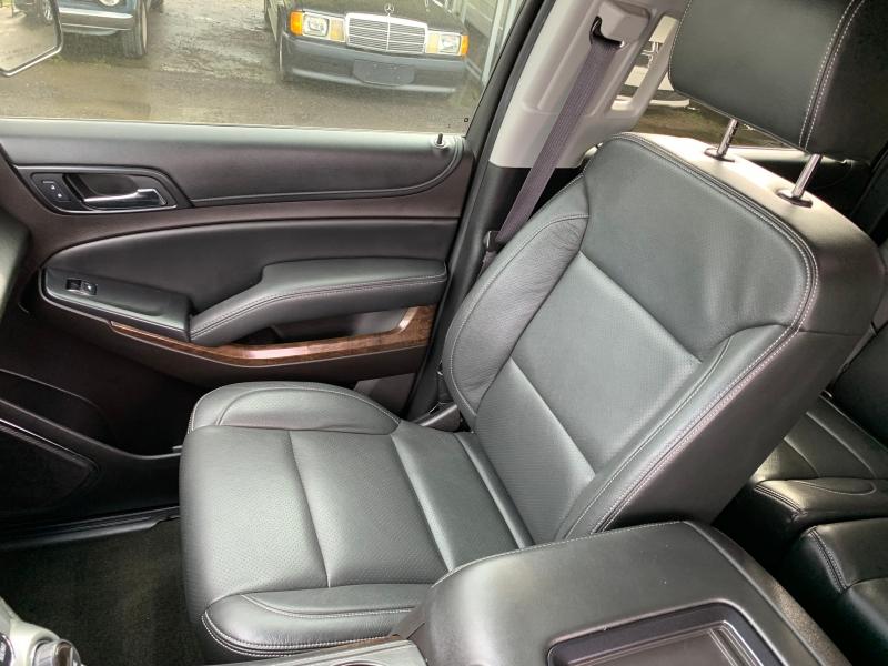 Chevrolet Suburban 2016 price $22,995