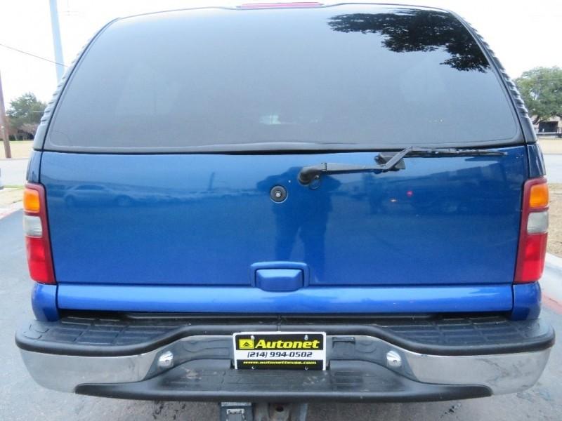 Chevrolet Suburban 2001 price $2,995