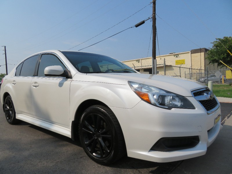 Subaru Legacy 2013 price $9,850