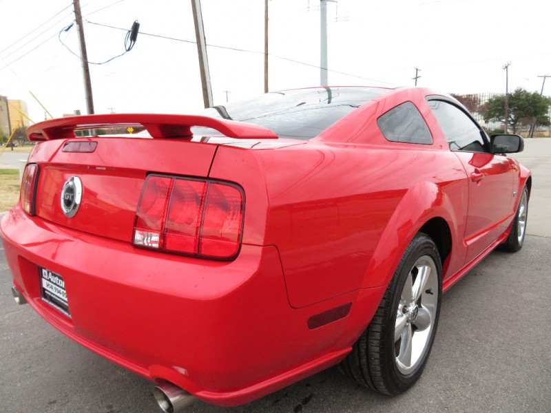 Ford Mustang 2006 price $9,450