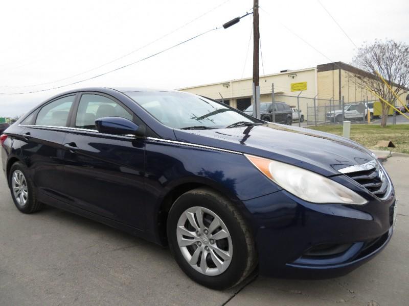 Hyundai Sonata 2011 price $5,490
