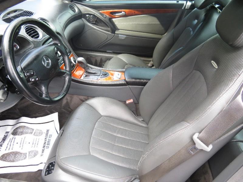 Mercedes-Benz SL-Class 2005 price $14,890