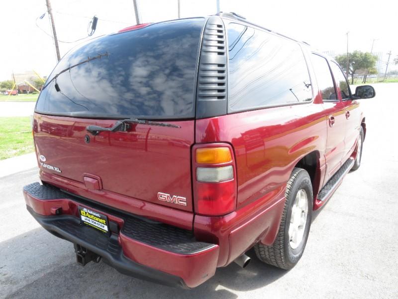 GMC Yukon XL Denali 2003 price $4,599