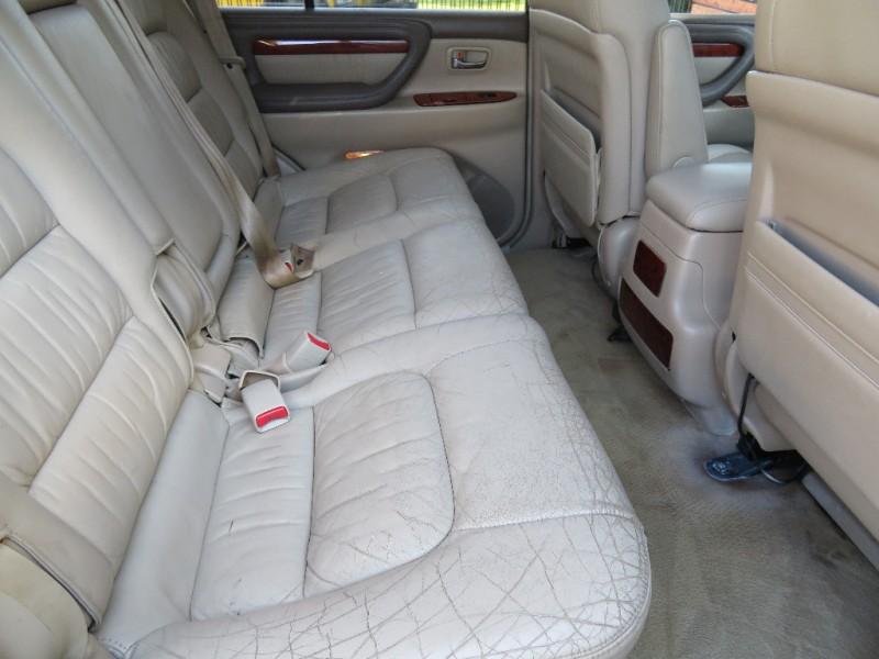 Lexus LX 470 2002 price $5,955