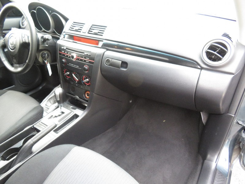 Mazda Mazda3 2008 price $3,999