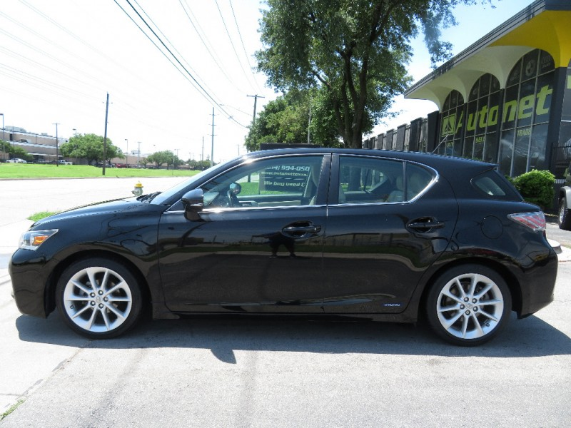 Lexus CT 200h 2013 price $13,890