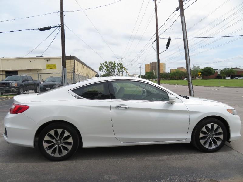 Honda Accord Cpe 2013 price $12,850