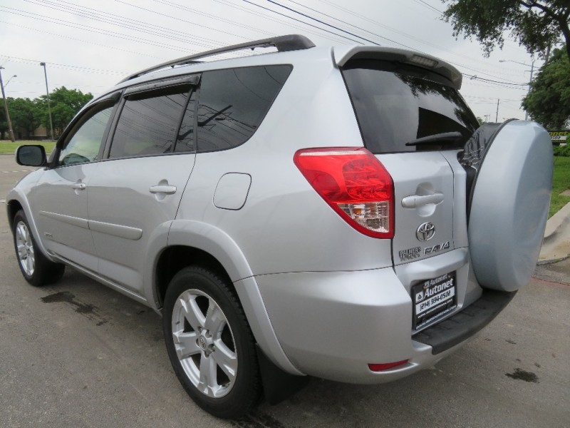 Toyota RAV4 2007 price $5,490