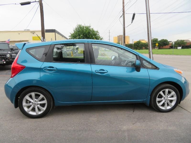 Nissan Versa Note 2014 price $8,890