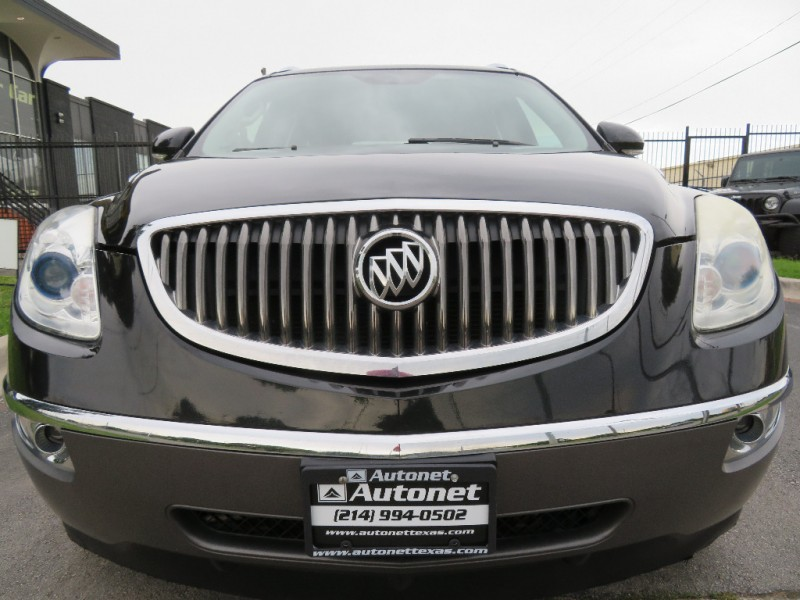 Buick Enclave 2011 price $8,999