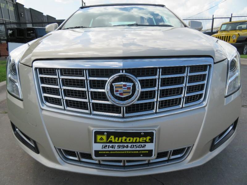 Cadillac XTS 2013 price $15,890