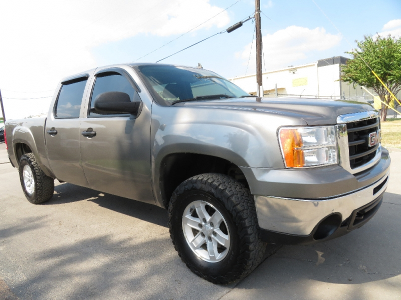 GMC Sierra 1500 2009 price $10,890