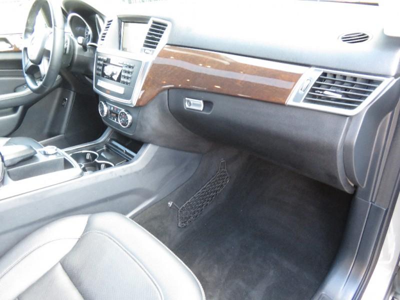 Mercedes-Benz M-Class 2013 price $15,995