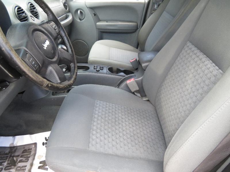 Jeep Liberty 2006 price $3,590
