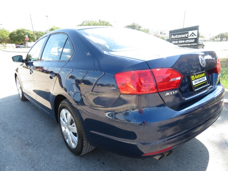 Volkswagen Jetta Sedan 2011 price $5,595