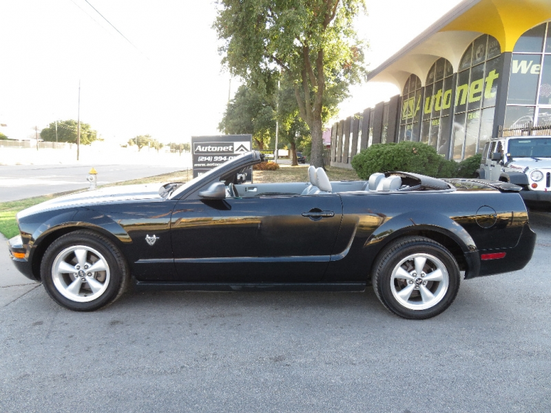 Ford Mustang 2009 price $8,890