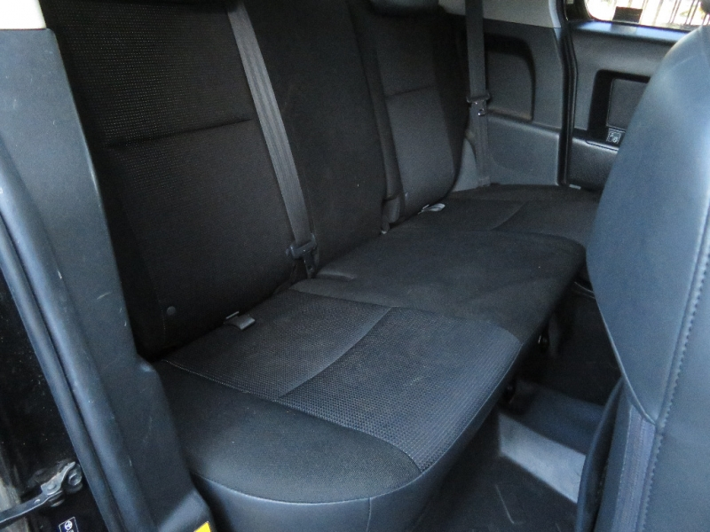 Toyota FJ Cruiser 2007 price $12,595