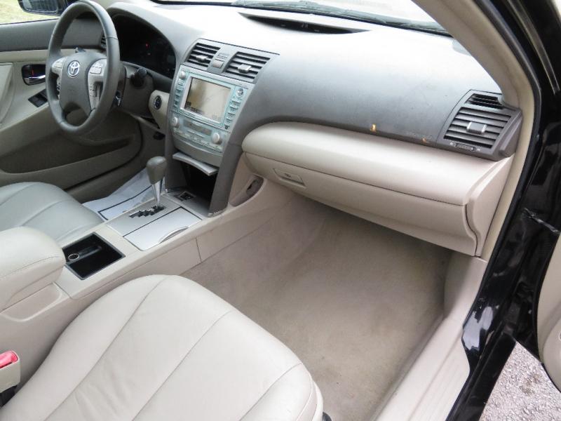Toyota Camry Hybrid 2009 price $4,999