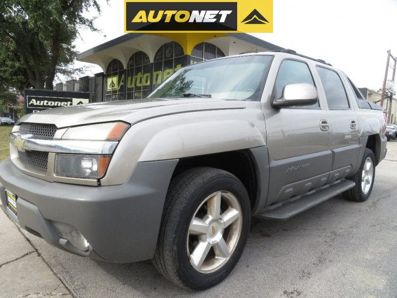 Chevrolet Avalanche 2002 price $3,999