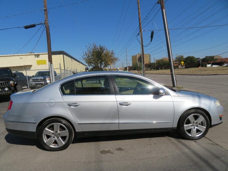 Volkswagen Passat Sedan 2008 price $5,490