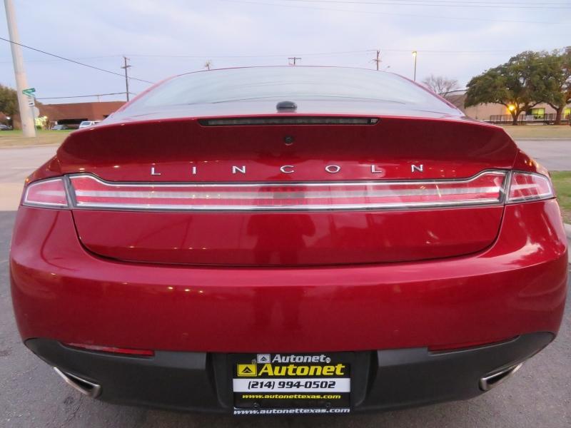 Lincoln MKZ 2016 price $10,490