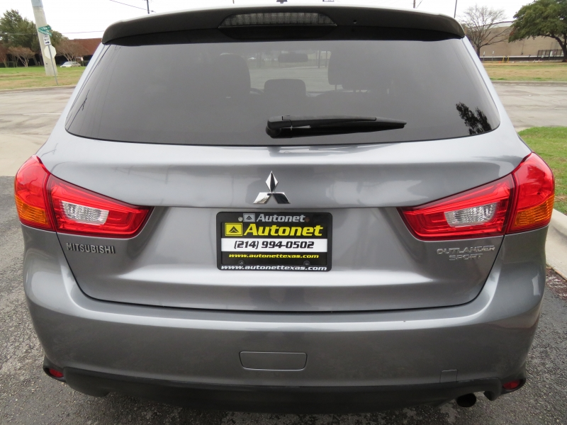 Mitsubishi Outlander Sport 2016 price $9,890