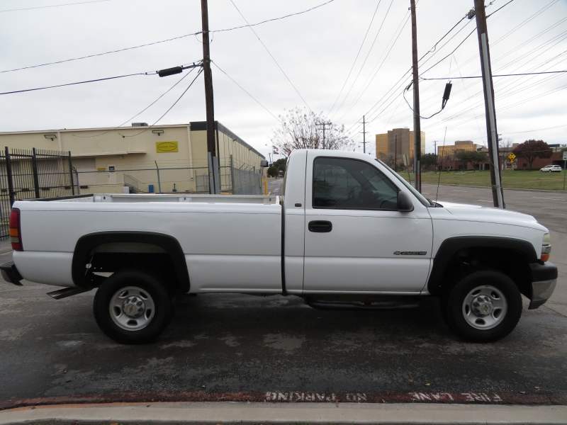 Chevrolet Silverado 2500HD 2001 price $3,890